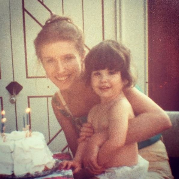 Childhood photo of Nicole Evangeline with her beautiful mother