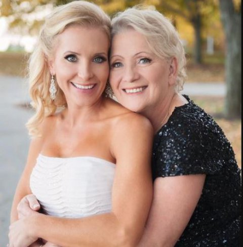 Cara Kokenes with her mother