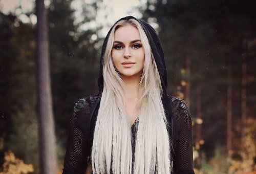 Anna Nystrom Bio, Net Worth, Dating, Boyfriend, & Height