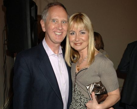 Sian Lloyd and her former husband Jonathan Ashman. former husband, partner, ex-husband, wedding photos, marriage ceremony pictures, nuptials image, wedding photos