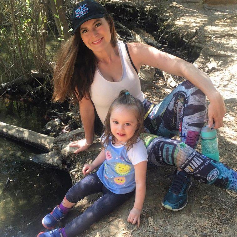 Rachel with her daughter
