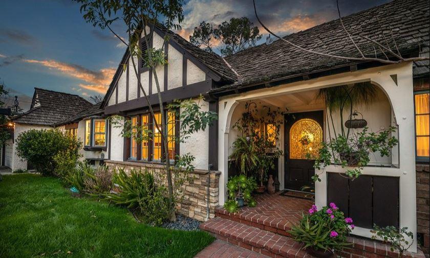 Rain India Lexton's house located in Toluca Lake, California.