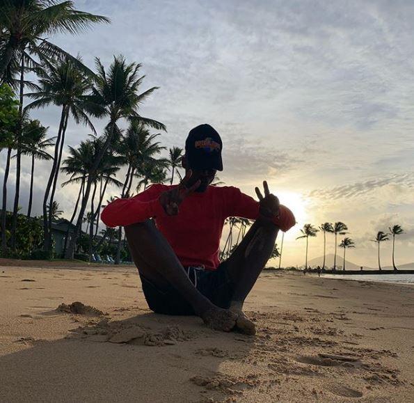 Ashton Sanders enjoying his vacation in Honolulu beach.