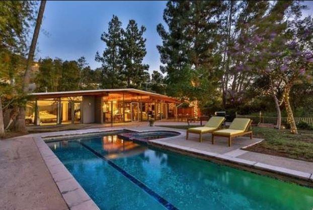 Kathryn Wahl's house located in Sherman Oaks, Los Angeles.