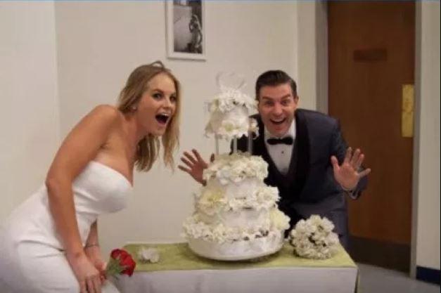 Jordan Lloyd and her husband, Jeff Schroeder's wedding cake.