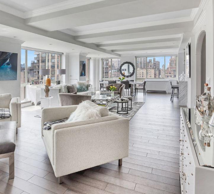 Bohdan Mazur's daughter's house in New York City, New York.