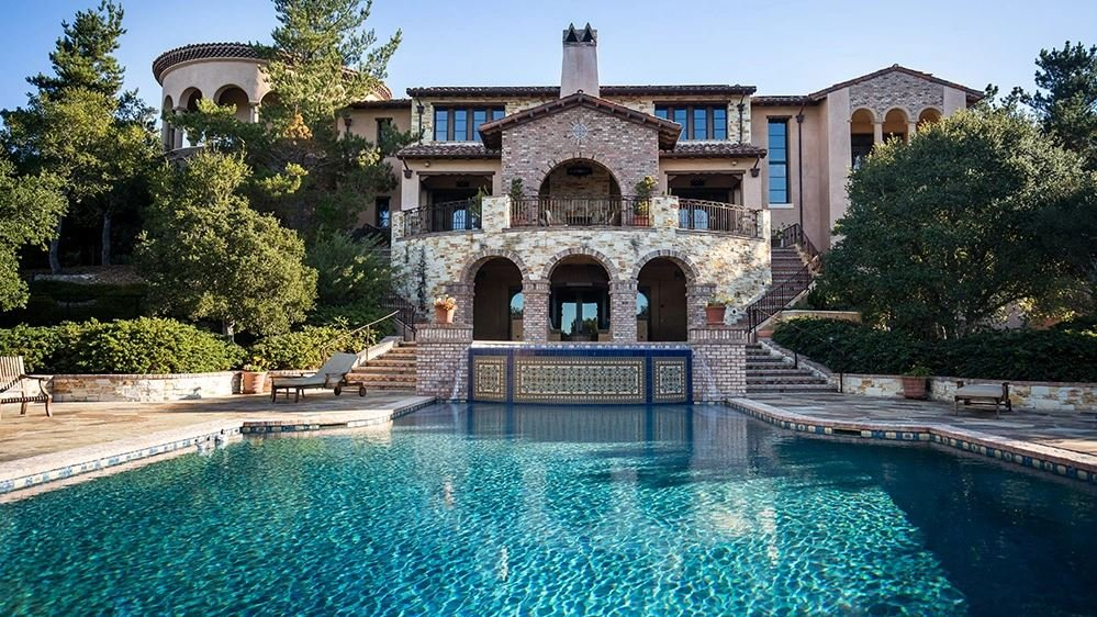 Christina Sandera and Clint Eastwood sold their Spanish mansion.