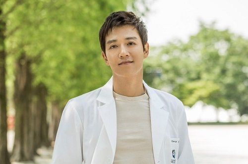 Kim Rae-won Married, Wife, Children, Age, Height, Net Worth & Bio