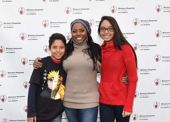 Shar Jackson along with her daughter and son