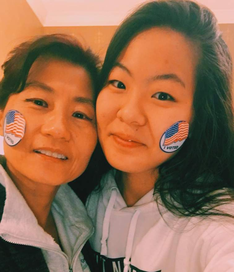 Nicole Kang with her beautiful mother, Jin Moon.