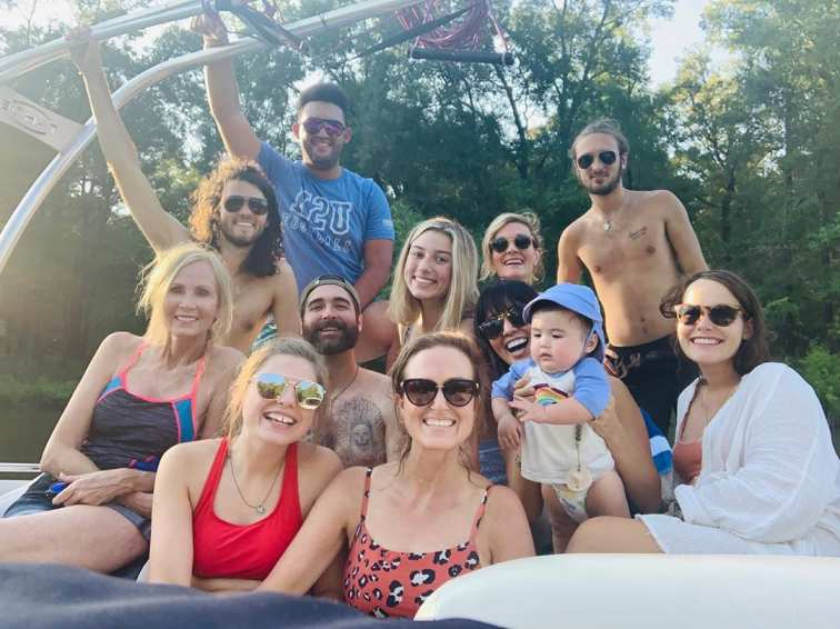 Willie Robertson is spending a lovely time with his family.