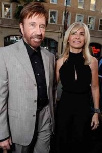 Gena Norris celebrates 19 years anniversary with her husband, Chuck Norris on 28 November 2017