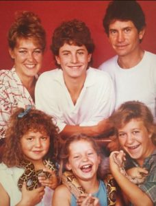 Childhood picture of Candace Cameron along with her siblings and parents
