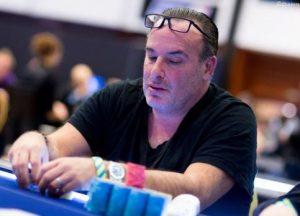 Dan Shak while playing the poker game