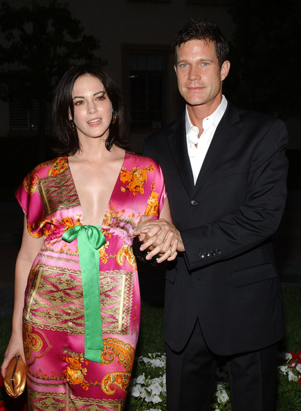 Joanna Going holding hand of her ex-husband Dylan Walsh