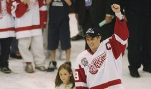 Steve Yzerman along with his daughter, Isabella