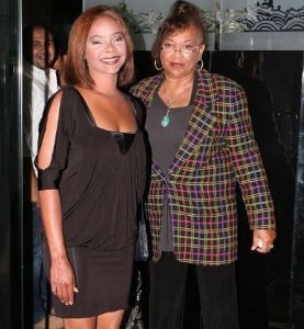 Lark Voorhies with her mother, Tricia Holloway