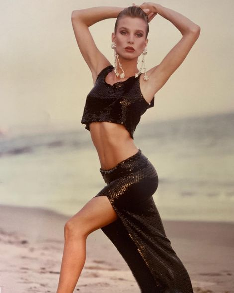Nicollette Sheridan has sucessfully maintained her body