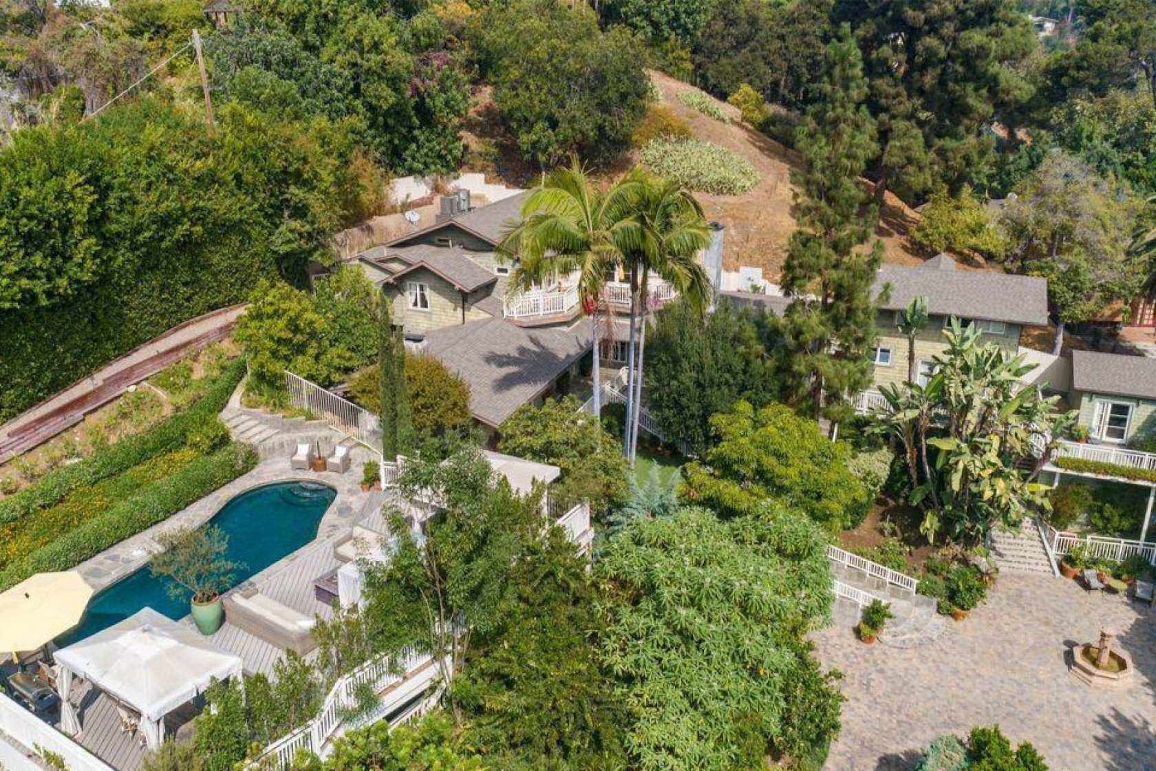 Craig Ferguson's house that is located in Hollywood Hills