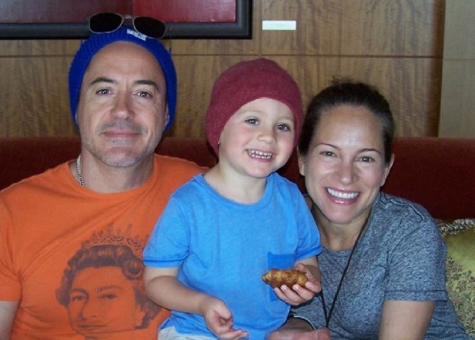 Avri Roel Downey and her parents
