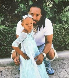 Icewear Vezzo with his daughter, Navy