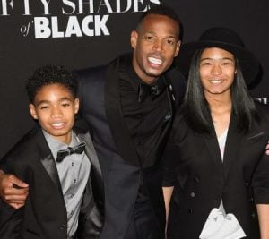 Marlon Wayans with his children at the premiere of Fifty Shades of Black in LA in 2016