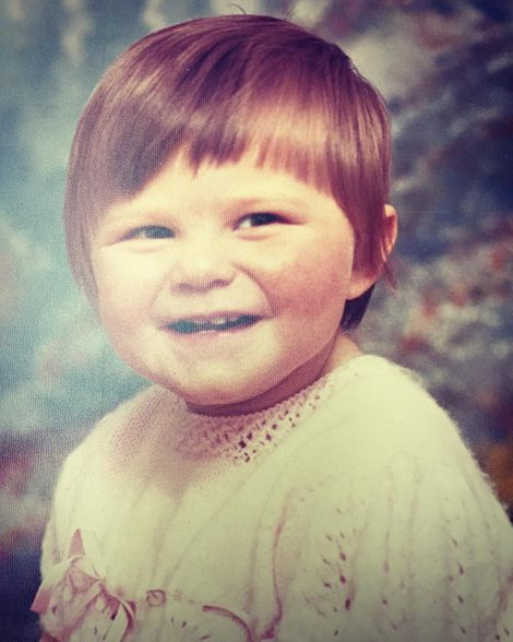 Jennifer Robertson on her childhood days