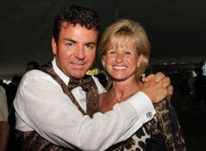 John Schnatter with his ex-wife Annette Cox in an event.
