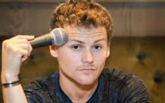 Drew Lynch
