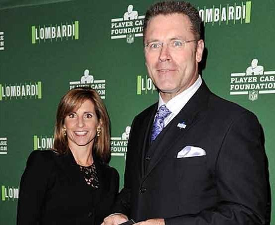 Howie Long with his wife