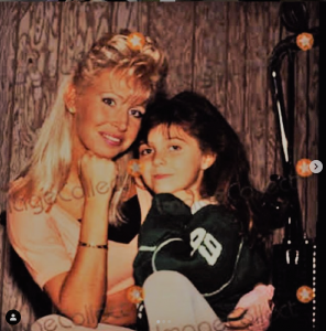 Brittny Gastineau with her beautiful mother, Lisa Gastineau.