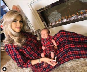 Hannah with her adorable son, Reggie.