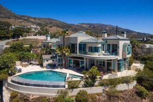 The house worth $7.5 million.