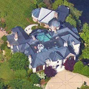 John Schnatter beautiful mansion in Anchorage, Kentucky.
