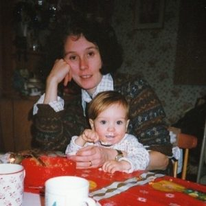 Ellen with her mother took a picture in her early years