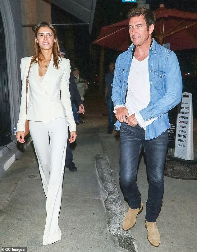Dylan McDermott and his girlfriend