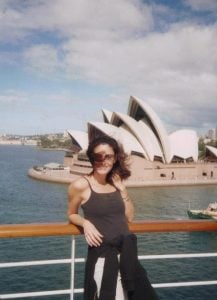 Kyla took a picture while traveling to opera house sydney