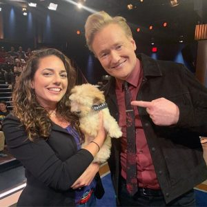 Sona with Conan and Phoebe took a picture duing a show