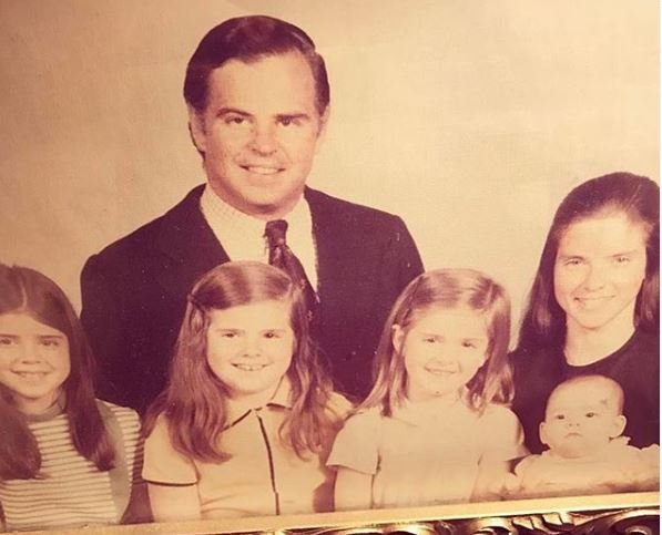 Sarah Rafferty with her family in her childhood days
