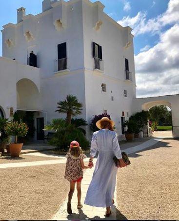 Sarah Rafferty with her daughter