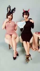 Bunny Ayumi with her rumored girlfriend, Swimsuit Succubus.