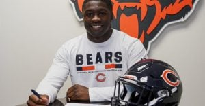 Roquan Smith ready to give his interview.