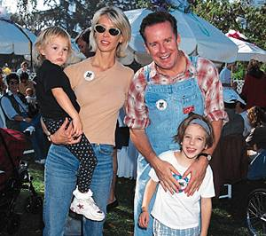 Brynn with her husband and two children before death