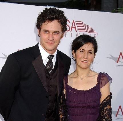 Tom Everett Scott and Jenni