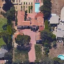 Rynne and Danny purchase a house in California in 2016 with a price of $6.35 million.