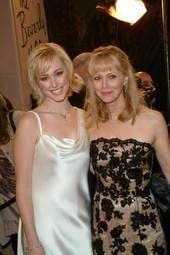 Shelley Long with her daughter